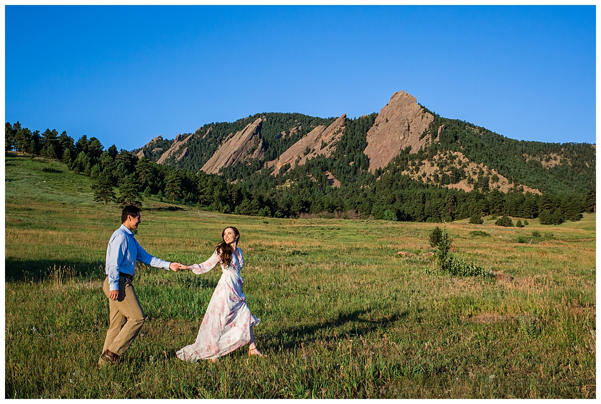 Colorado Engagement Photographer, Colorado Engagement, Boulder Engagement Photographer, Boulder Colorado Engagement, Fort Collins Engagement Photographer, Colorado Engagement Inspiration, Colorado Engagement Ideas, Boulder Sunrise, Boulder Sunrise Engagement, Sunrise Engagement, Chautauqua Boulder, Chautauqua Sunrise Engagement, Chautauqua Boulder Photographer, Chautauqua Engagement, Chautauqua Park Engagement, Chautauqua Park Sunrise Engagement, Chautauqua Engagement Photographer, Colorado