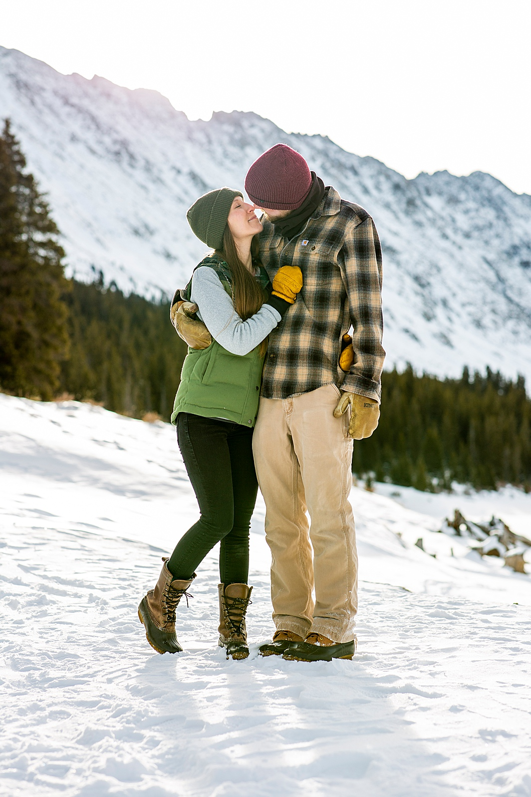 Cute engagement photos in winter in Colorado.