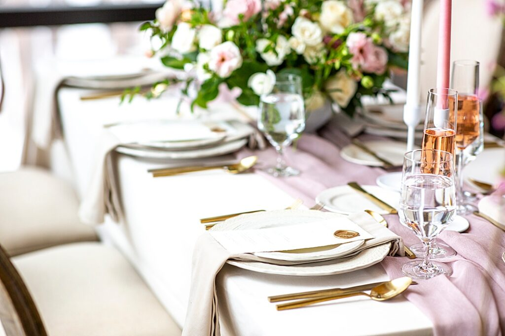 Springy table set for a wedding